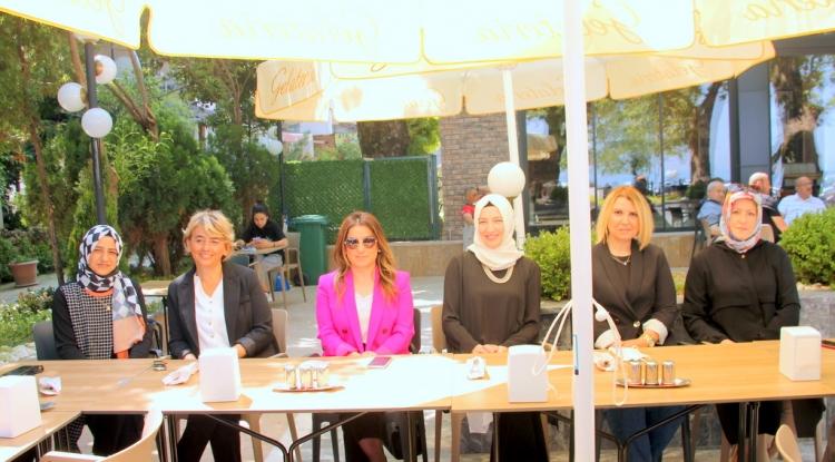 Ak Kadınlar Kahvaltıda Buluştu