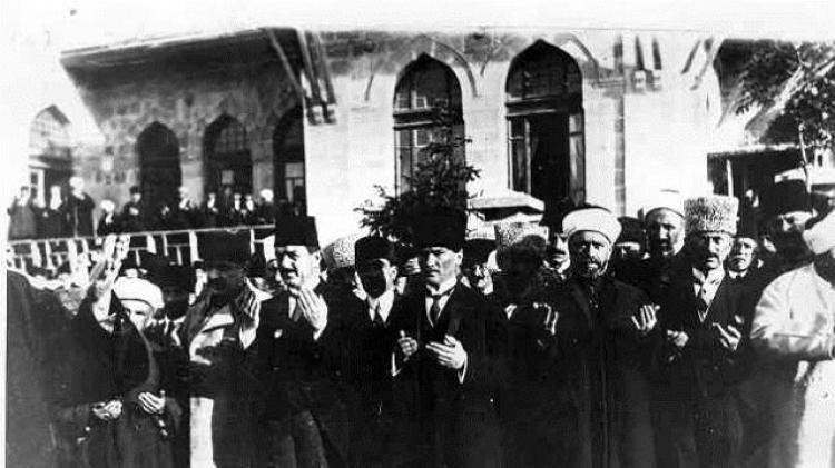 Türkiye Büyük Millet Meclisi' Nin Açılış Bildirisi